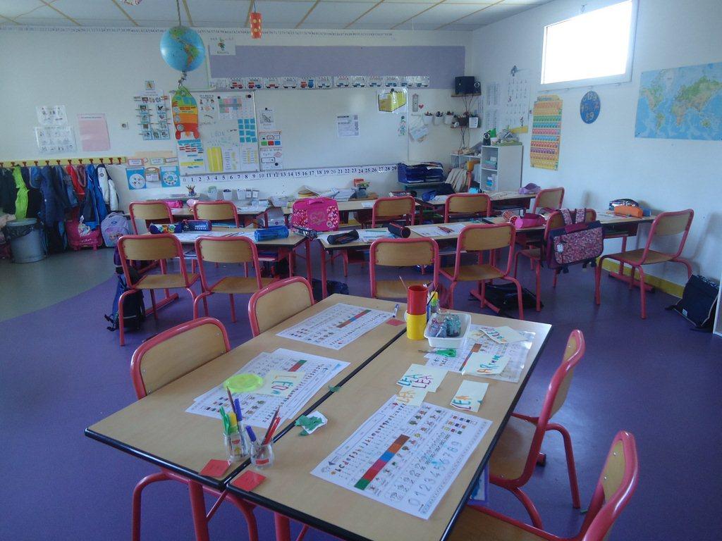 Ecole 24